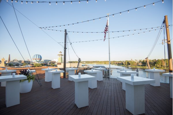 Paddlefish Rooftop Exterior Deck-The Bow