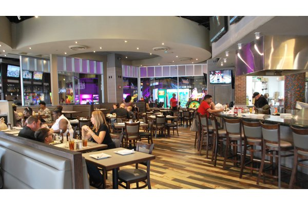 Arena Sports Bar & Grill at GameTime