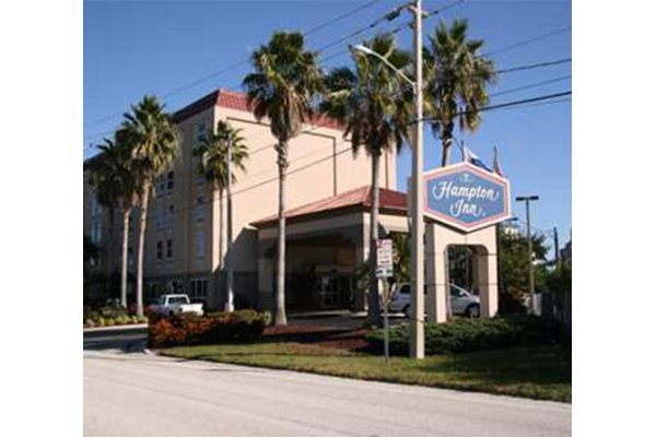Hampton Inn Tampa Rocky Point Airport