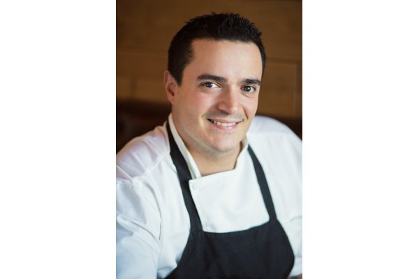 Chef de Cuisine Jonathan Atanacio