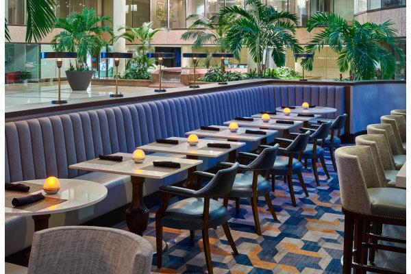 Westshore Grand Shula's No Name Lounge