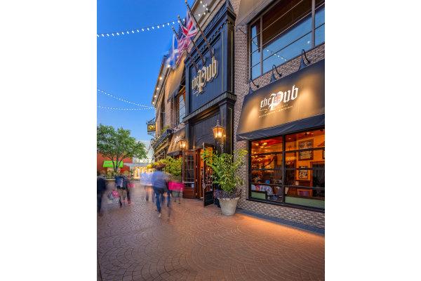 Bay Street Restaurants