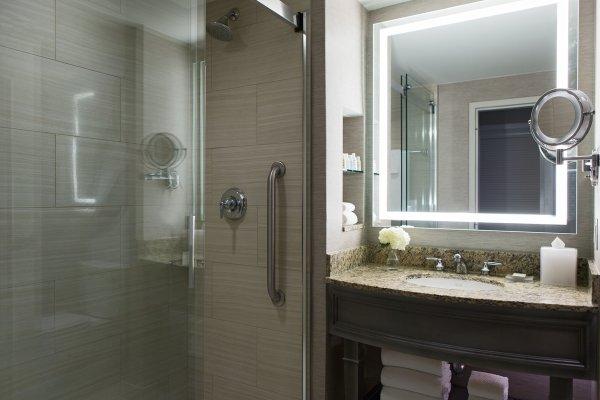 Executive Level Guest Bath