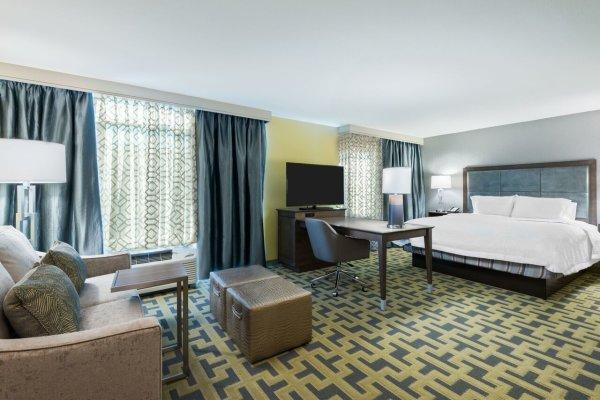 Hampton King Suite