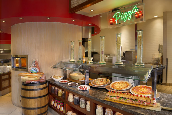 Fresh Harvest Buffet: Pizza Station