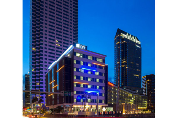 Exterior Hotel Nighttime Downtown