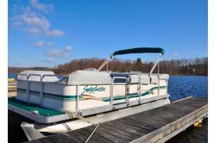 Pocono Mountains Boat Rentals | Power Boats, Sailboats