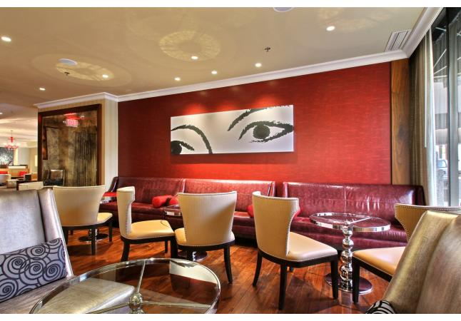 Des Moines Renaissance Savery Coda Lounge