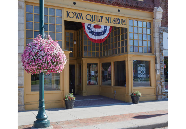 Iowa Quilt Museum Exterior