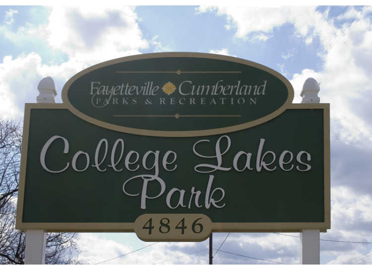 College Lakes Park