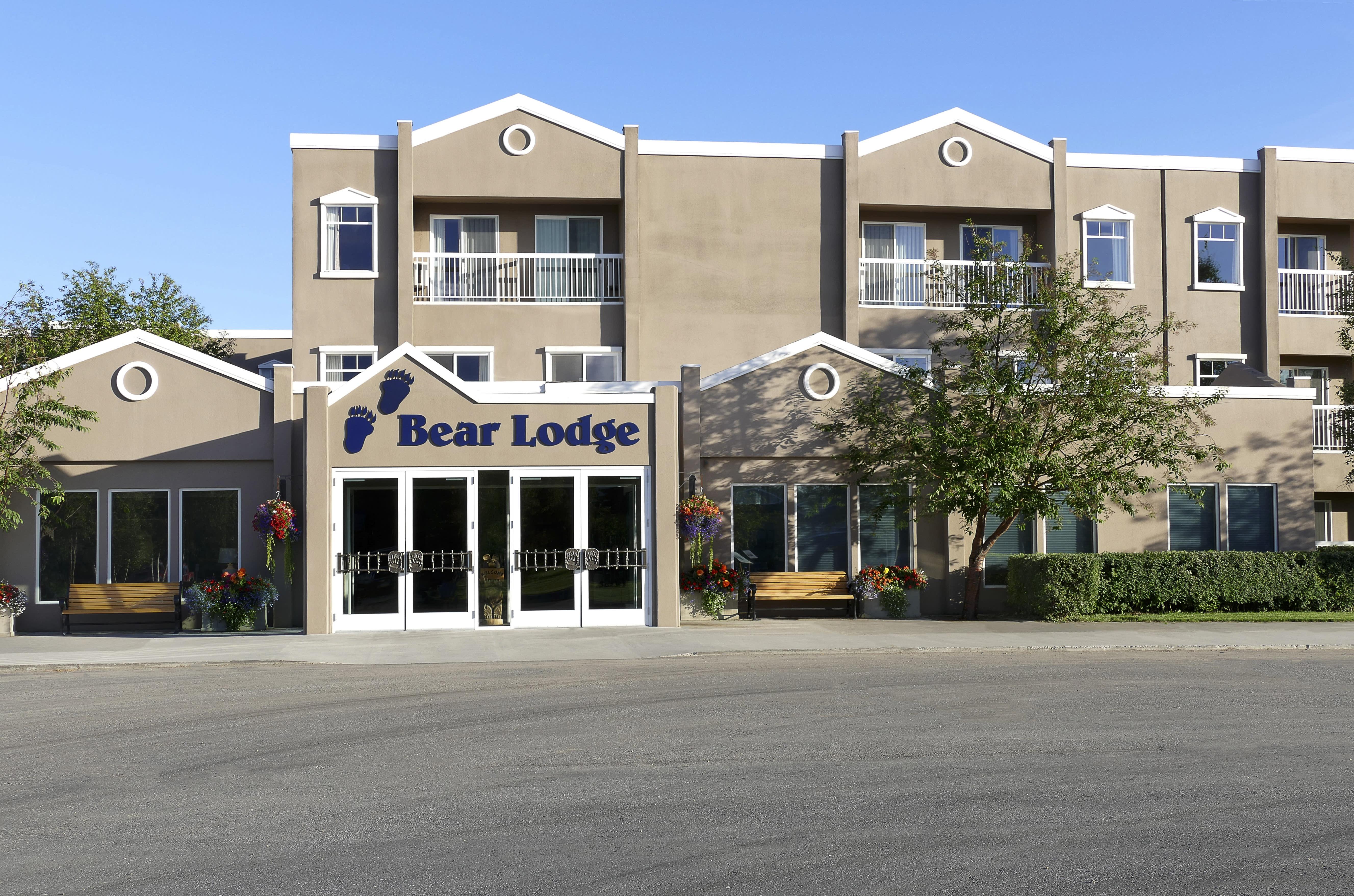 Bear Lodge at Wedgewood Resort, Fountainhead Hotels