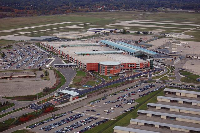 gerald r. ford international airport | transportation in grand