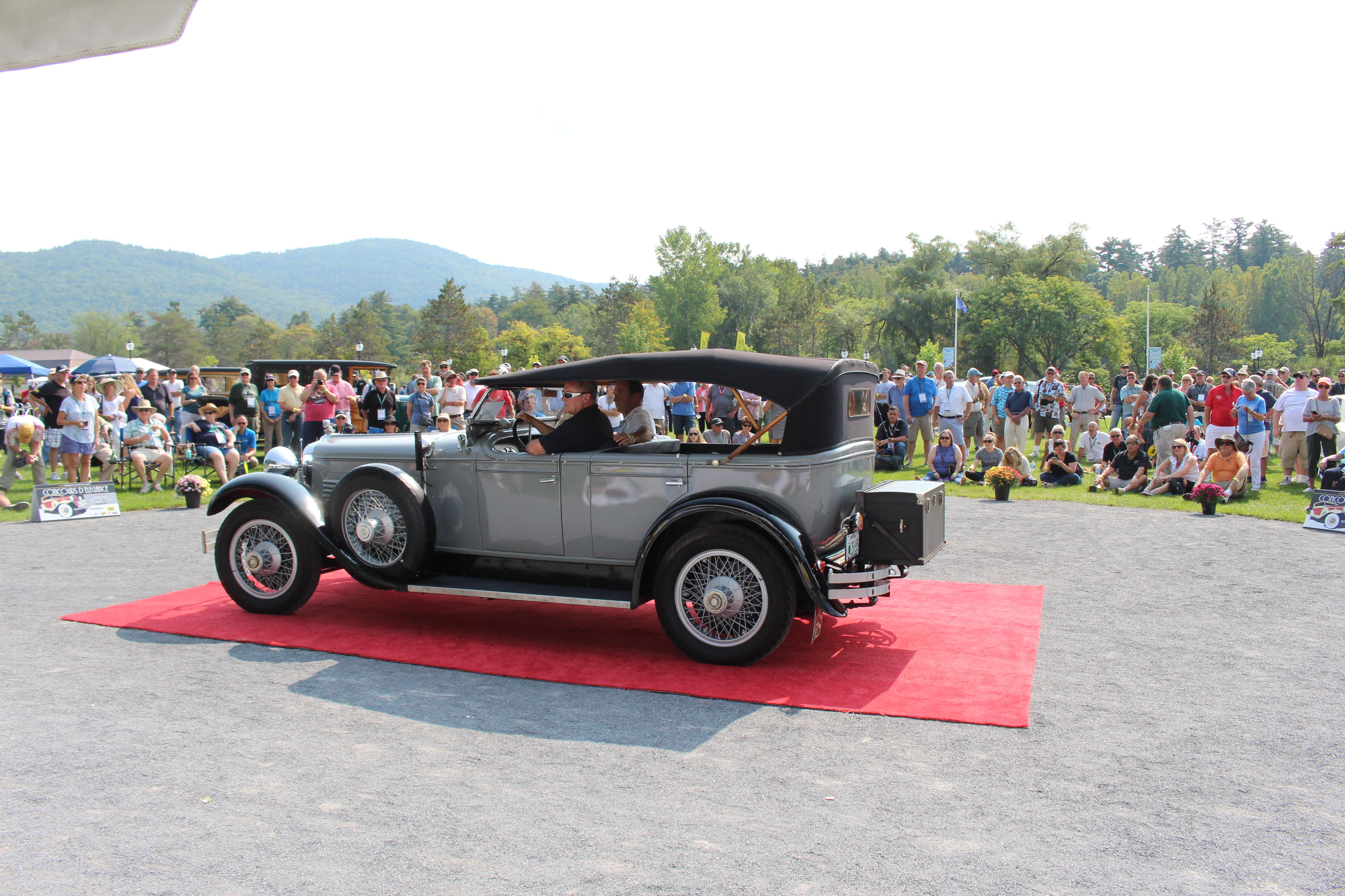 12th Annual Hemmings Motor News Concours d\'Elegance | Lake George ...