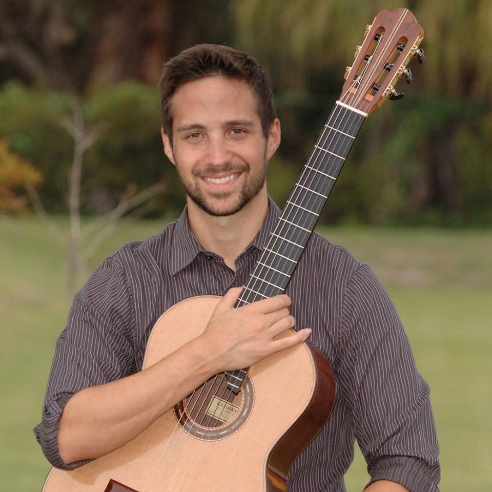 Faculty Artist Recital: Erol Ozsever, Guitar