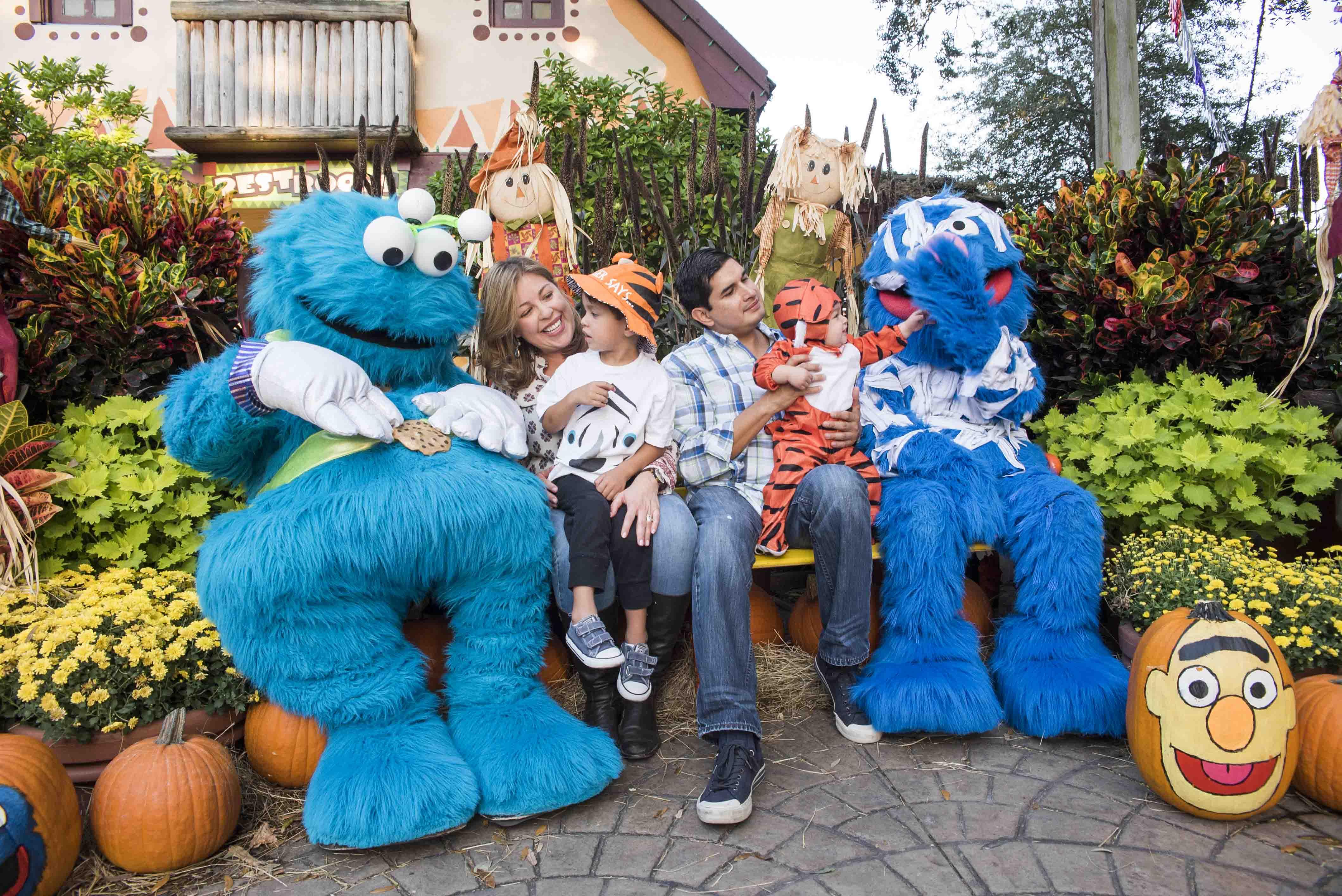 Sesame Street Safari of Fun Spooky Safari Kids' Weekend