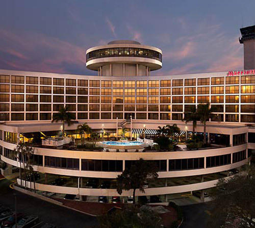 Park and Cruise at Tampa Airport Marriott