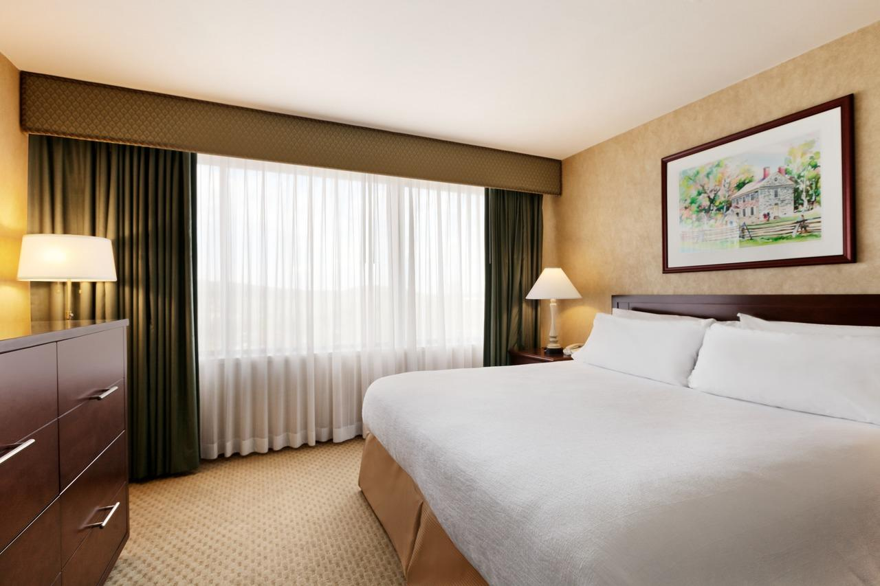 embassy suites by hilton philadelphia valley forge
