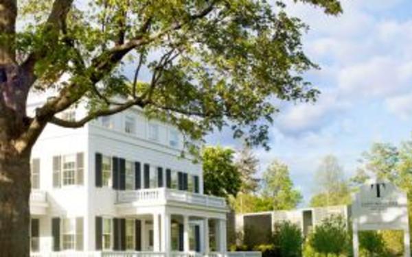 Long Island Pet Friendly Hotels | Discover Long Island