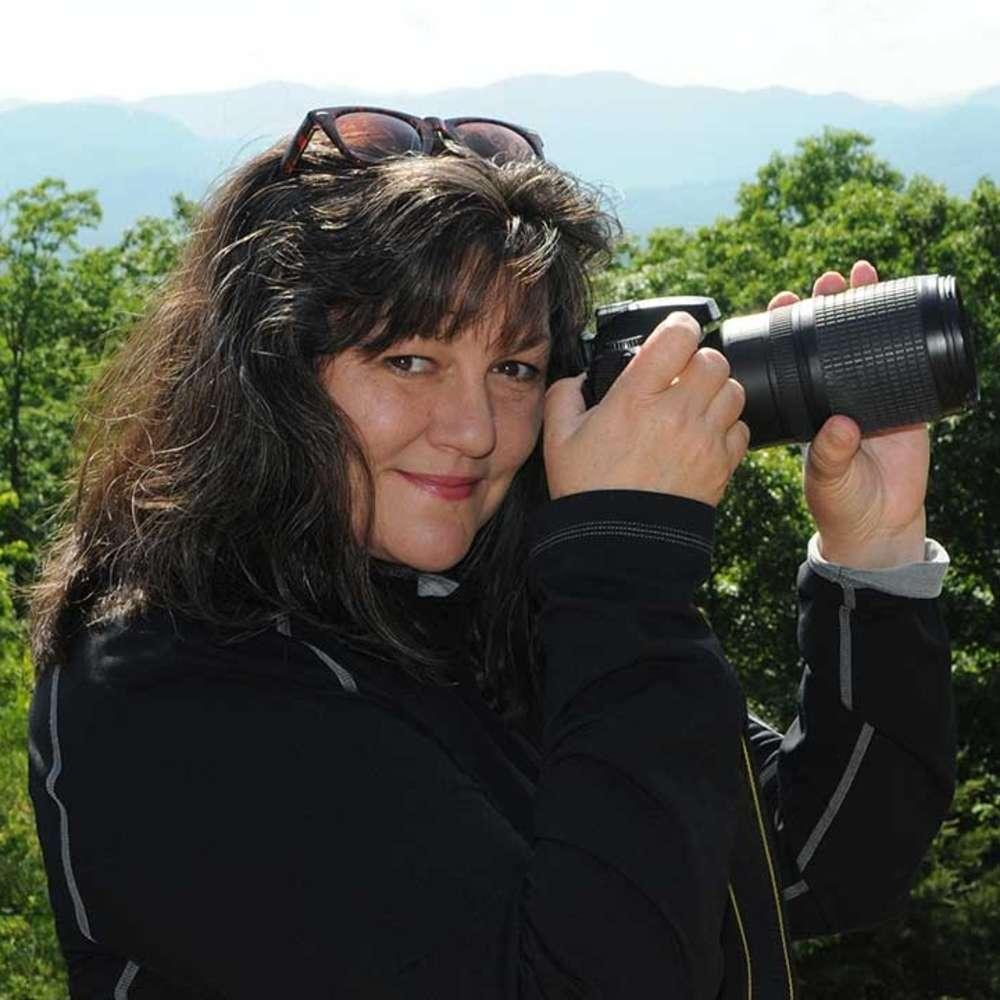 Vicki Dameron