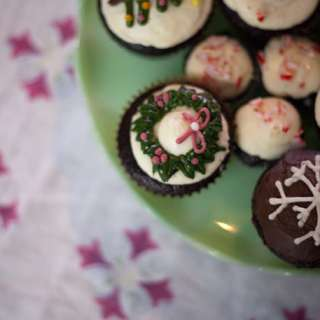 Chocolate Peppermint Cupcakes #Recipe | ExploreAsheville.com