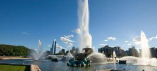 Buckingham Fountain - Article