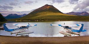 Flightseeing float planes in Lake Clark National Park