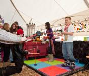 Kids Having Fun, Festival du Voyageur
