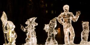 First Night Ice Sculpture3841-3