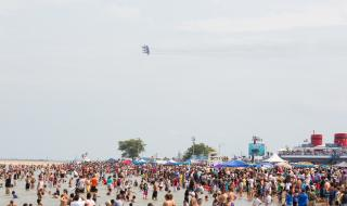 Air & Water Show 2014 - View from Beach