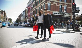 Wicker Park Shopping ©Clayton Hauck