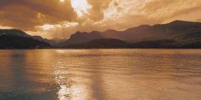 [VOTE] Best Lake In America