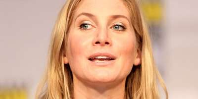 Celebrity Sighting: Elizabeth Mitchell