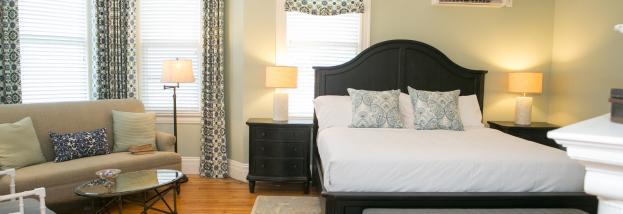 Frederick Inn Bedroom