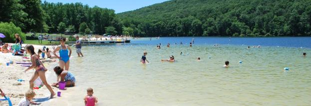 Beach on the lake at Greenbrier State Park