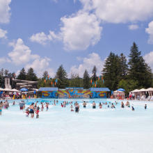Wowabunga Wavepool, Idlewild and SoakZone