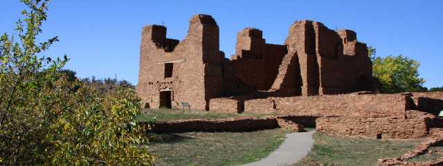 12 Rare & Historic New Mexican Cathedrals Header