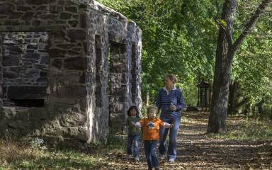 Valley Forge National Historical Park Kids on Trail