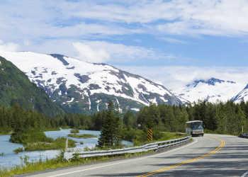 bus tours along the Seward Highway