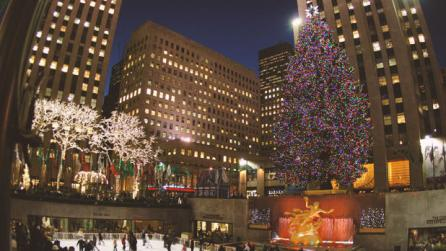 11 Best Places to See Holiday Lights in New York