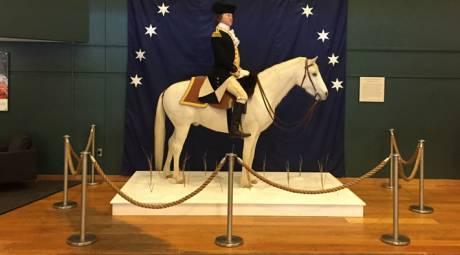 Visitor Center - Washington Statue