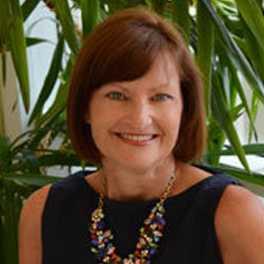 Leslie Straughan