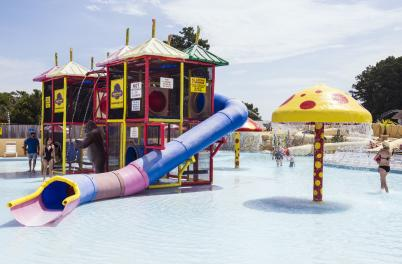 Jungle Rapids Family Fun Park: Waterpark
