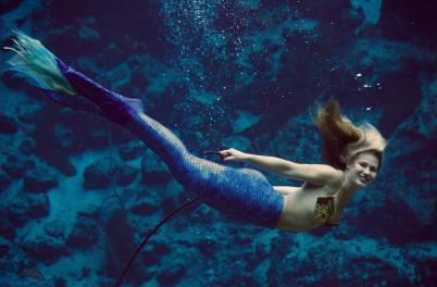 World Famous Weeki Wachee Mermaid