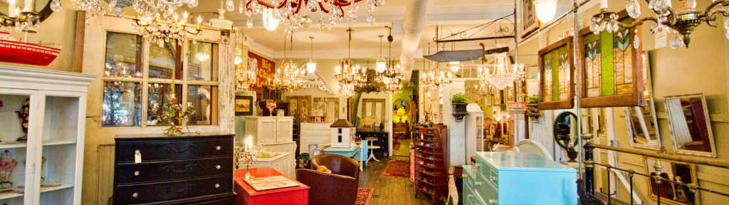Bluedoor Antiques - Grand Rapids Shopping Malls, Shopping Centers & Specialty