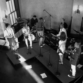 Heartland Sings performs at Summer Nights at the Embassy