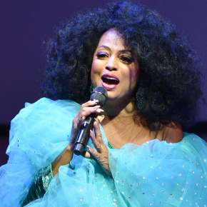 Diana Ross - Foellinger Outdoor Theatre - Fort Wayne, IN