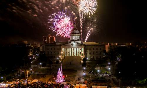 7 Can't-Miss Moments at Famously Hot New Year in Columbia
