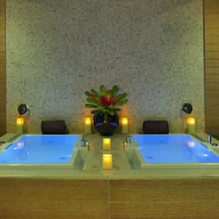 Spa Trump - Luxury Chicago