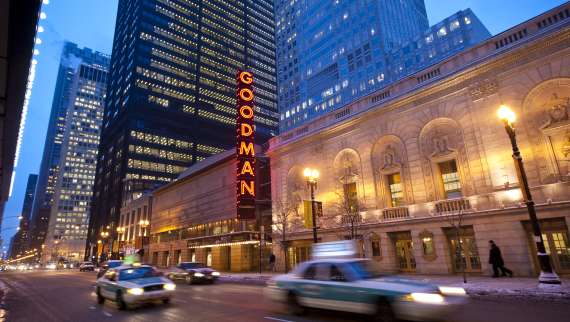 Chicago Premiers & Unmissable Theaters