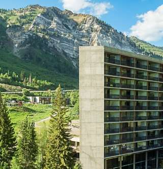 Snowbird Ski & Summer Resort, Cliff Lodge